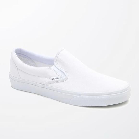cd1e4e5986d2 VANS ~ men s white slip on vans sneaker. M 5b9ae0323e0caa041bdd6e60